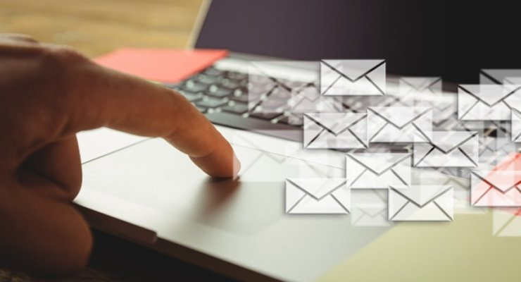 Top Ten Royal Mail Contact UK Live Chat Company Rivals
